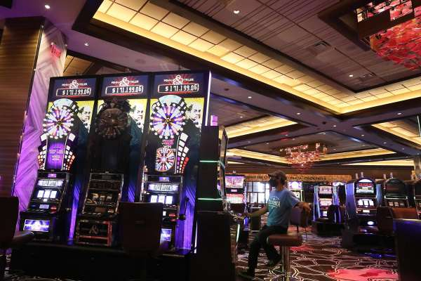 The Right Way To Guide: Gambling Necessities For Freshmen